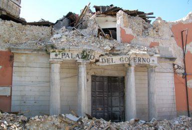 Terremoto de L'Aquila 2009 Palazzo del Governo